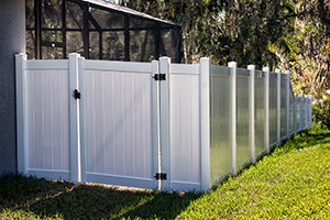 6 feet White Solid Privacy Vinyl Fence with gate around house